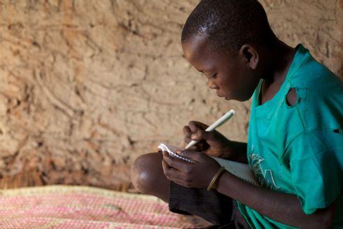 Moses tegner drømme i Uganda